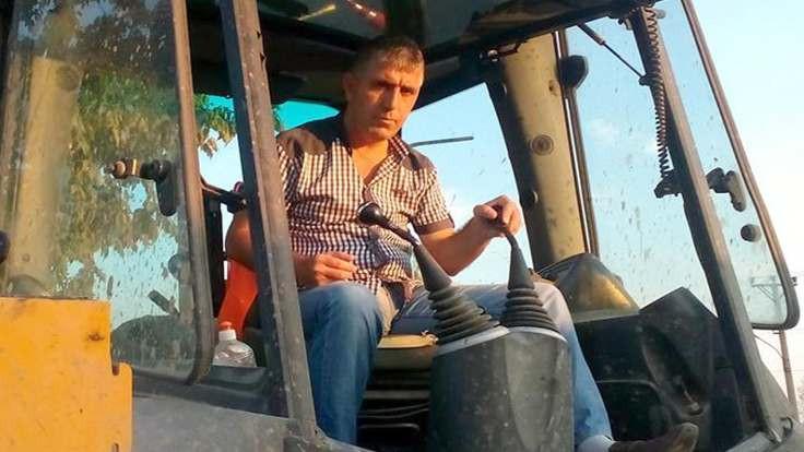 Yunanistan, kepçe şoförünü bıraktı