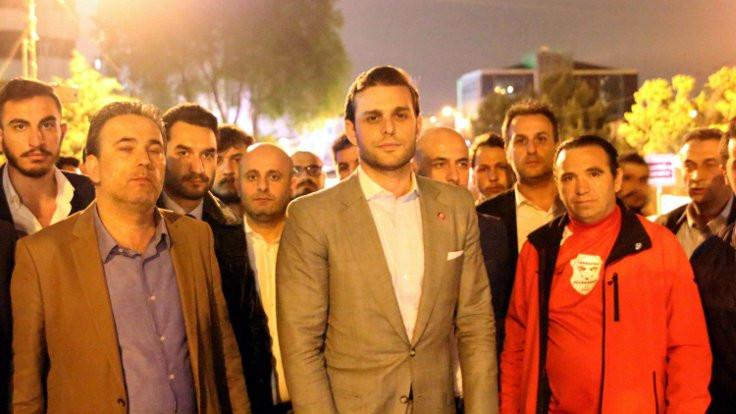 İYİ Parti kurucusu Mehmet Aslan'ın evi kurşunladı