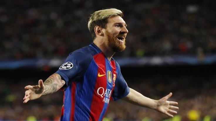 Messi'den 'Kara Para Aşk'!
