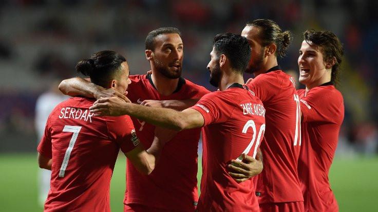 Türkiye, Cenk Tosun'la kazandı
