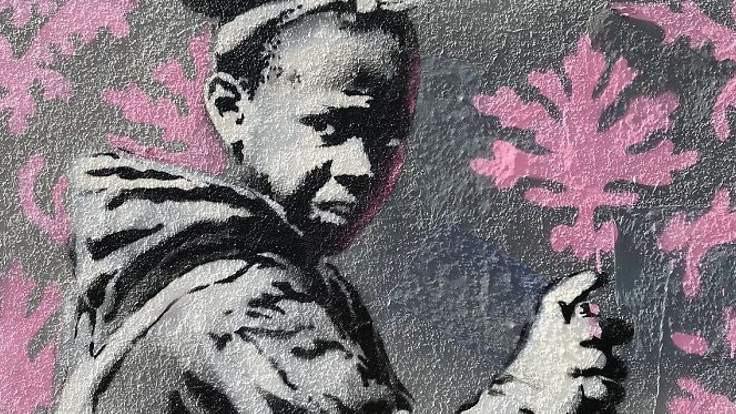 Banksy ilk kez Paris'te
