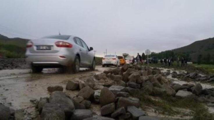 'Muş'taki selde iki kişi hayatını kaybetti'