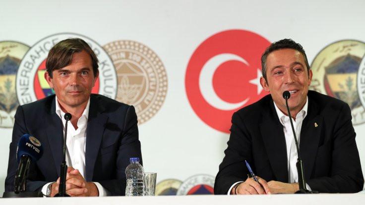 Fenerbahçe, Cocu ile 3 yıllık anlaşma imzaladı