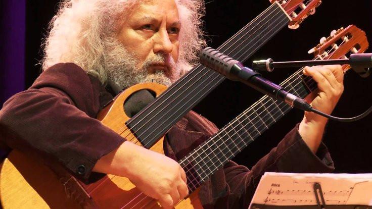 Erkan Oğur Quartet sahnede