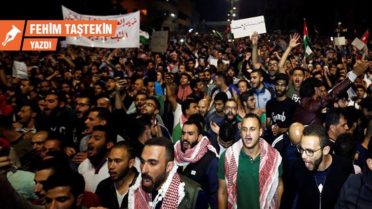 Ürdün'de isyan; kralca hamleler, bölgesel oyunlar