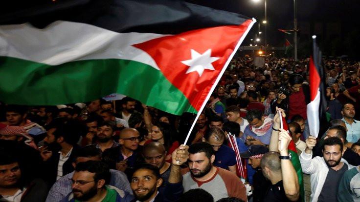 Ürdün'de, Arap Baharı 8 sene rötar mı yapacak?