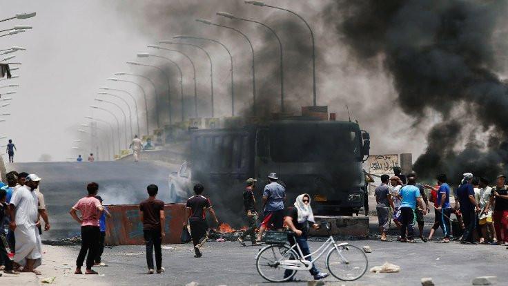 Irak'ta protesto büyüdü: Başkentte internet yok!