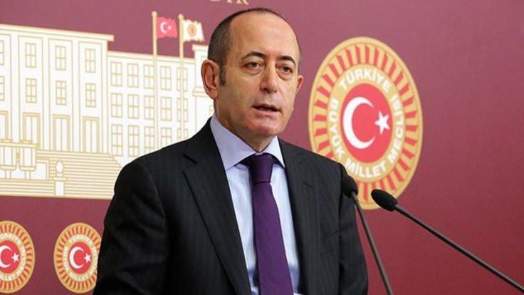 CHP Genel Sekreteri Akif Hamzaçebi istifa etti