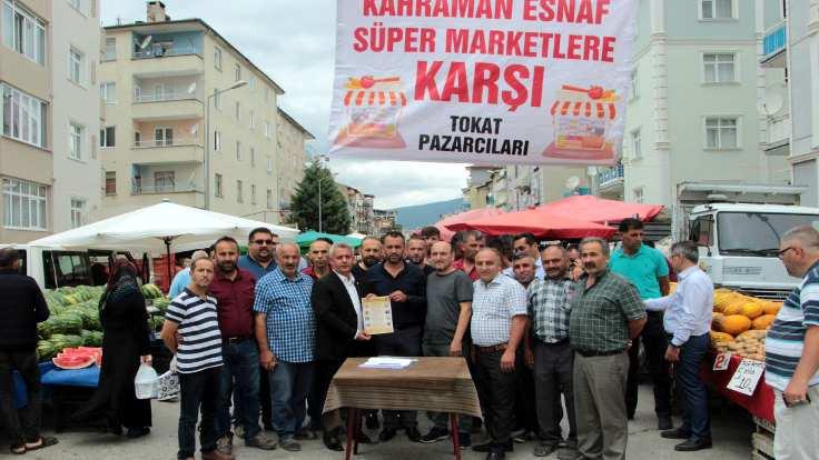 'Kahraman esnaf süpermarkete karşı'