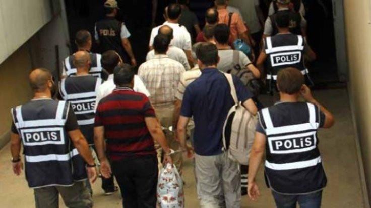 TSK'de 'FETÖ' operasyonu: 128 gözaltı