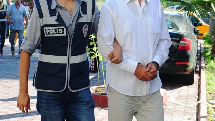 İstanbul'da 132 asker tutuklandı