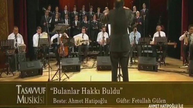 TRT'de Gülen şarkısı: Görevine son verildi