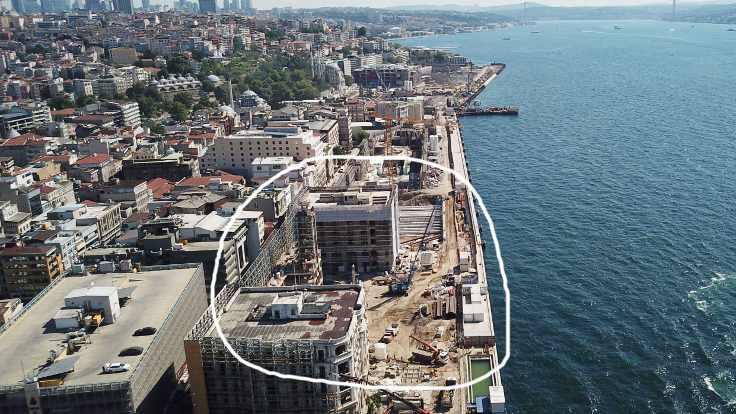İstanbul Modern'in tarihi binası da yıkıldı