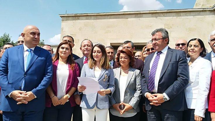 CHP'li 129 vekilden kurultaya karşı ortak açıklama