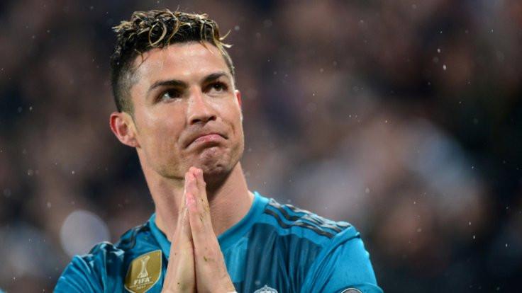 Ronaldo'nun parası formadan!