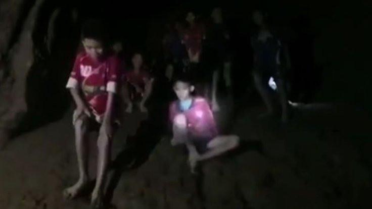 Çocuklar aylar boyunca mağarada kalabilir