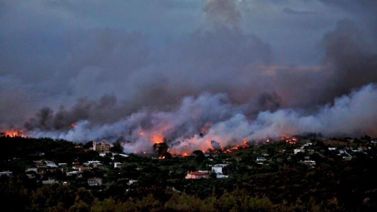 Yunanistan paylaşımlarına tepki: Dayan komşu