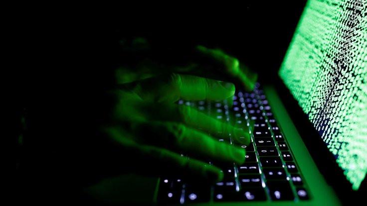 'Rus hacker'lar engellendi