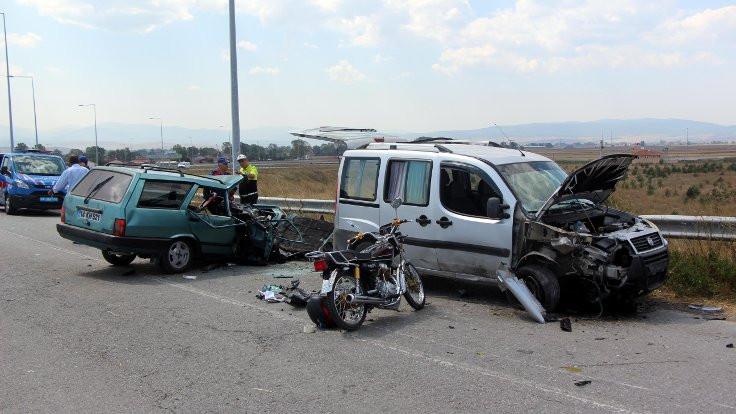 Bayram tatilindeki kazalarda 147 kişi öldü, 702 kişi yaralandı