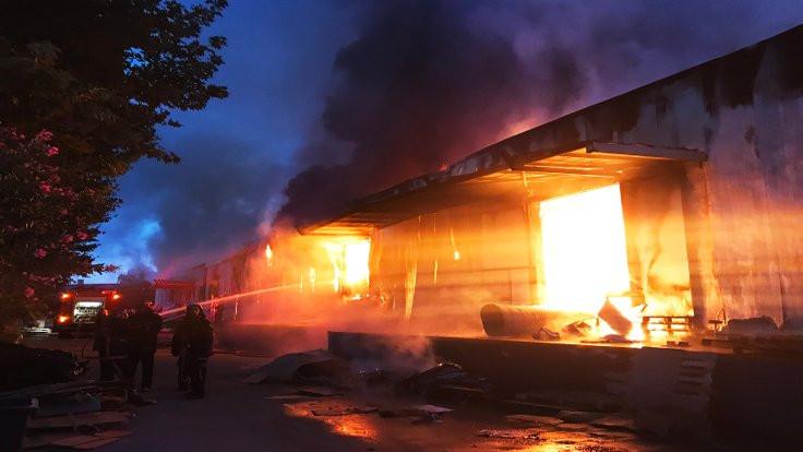 Sakarya'da fabrikada yangın