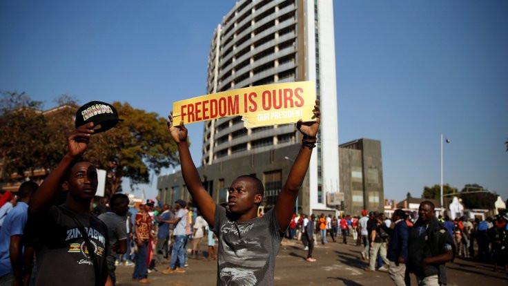 Zimbabve: Bağımsızlıkçıların dönemi sona eriyor