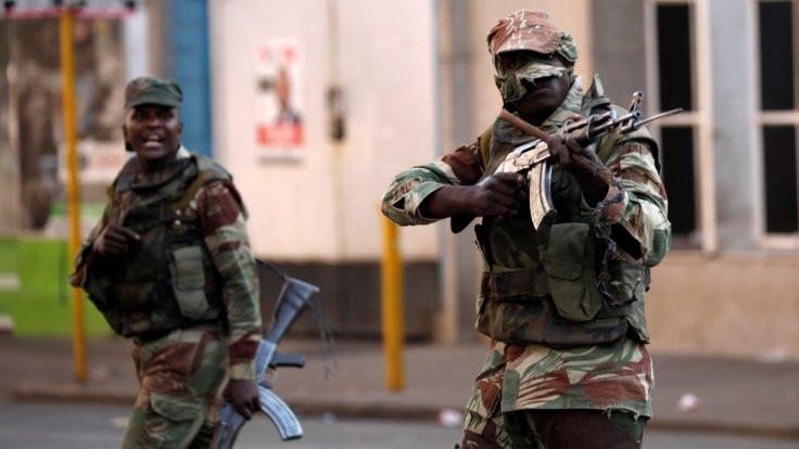 Zimbabwe'de seçim bitti, çatışma çıktı