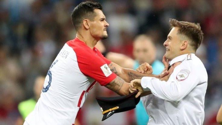 Dünya Kupası'nda sahaya girmişti: Zehirlenmiş olabilir