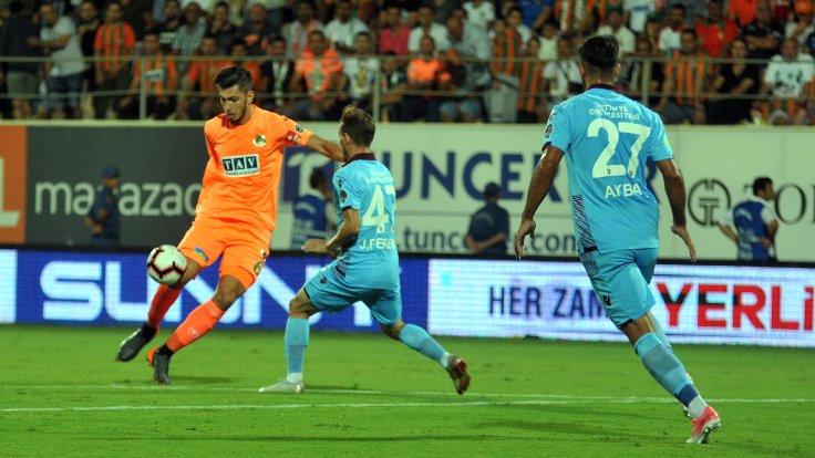 Alanyaspor, Trabzonspor'u tek golle mağlup etti