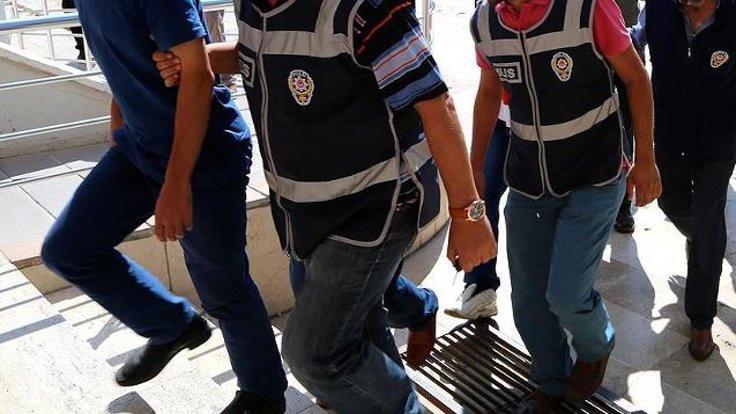 İzmir'de HDP'ye yönelik gözaltı
