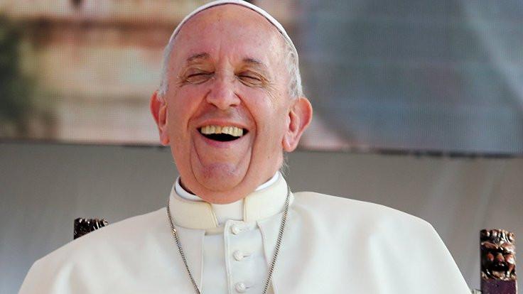 Papa: Seks tanrının hediyesi, porno yalan