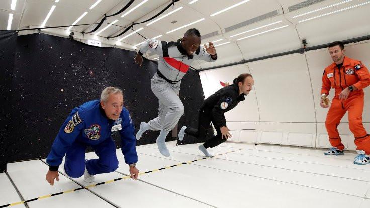 Usain Bolt yerçekimsiz ortamda koştu