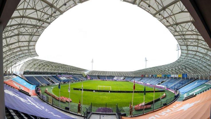 Yenikent Stadı, Osmanlıspor'dan alındı