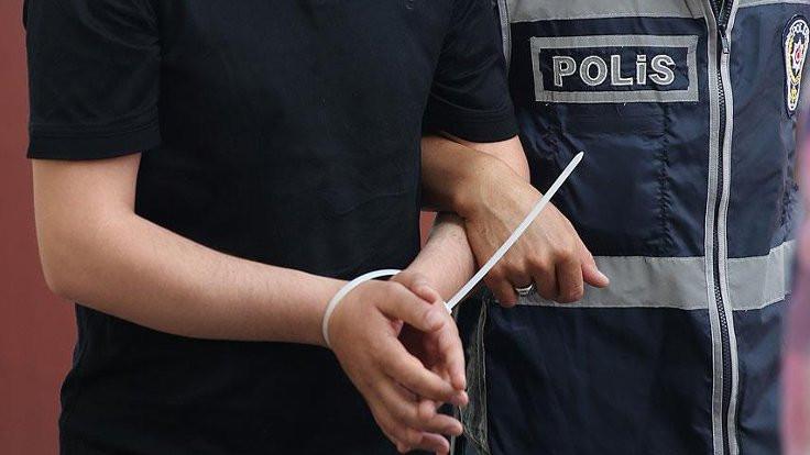 Atatürk'e hakaret iddiasıyla gözaltına alınan öğretmen tutuklandı
