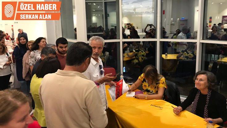 HDP'li vekiller Kışanak'ın kitabını imzaladı