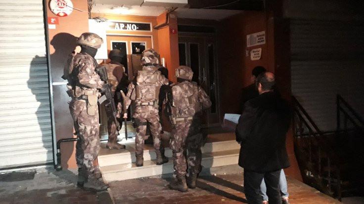 Yurtdışına para transferine 417 gözaltı
