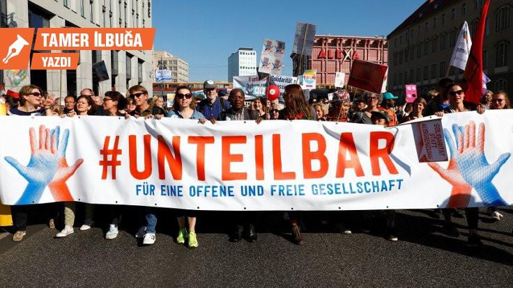 Almanya'da 'Ayağa Kalk Hareketi'nin çıkmazı