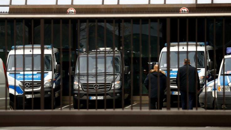 Deutsche Bank'a kara para soruşturması