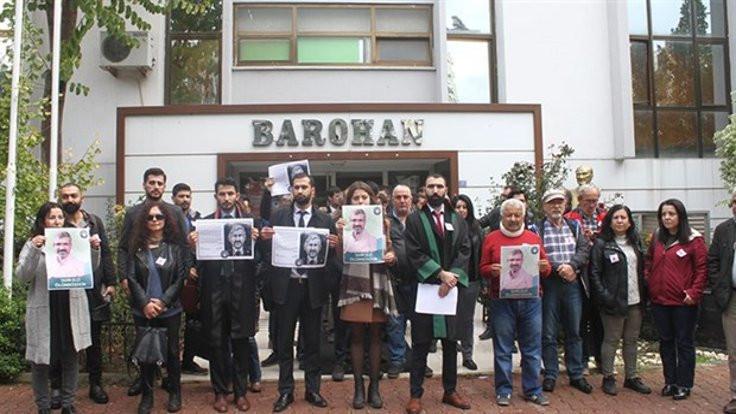 Avukatlar Tahir Elçi'nin fotoğrafının indirilmesine tepki gösterdi