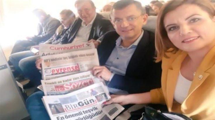 CHP'li vekillerden THY'ye gazete protestosu