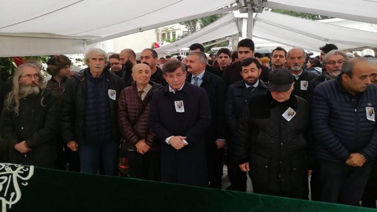 Yazarımız Kürşat Bumin İzmir'e uğurlandı