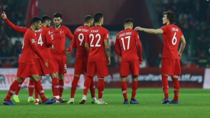 Türkiye İsveç'e yenildi, C ligine düştü