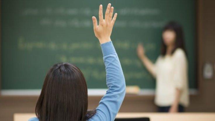Öğretmenin korkusu: İşini kaybetmek!