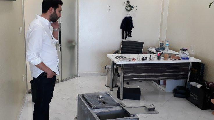 Zeytinburnu'nda milyonluk soygun