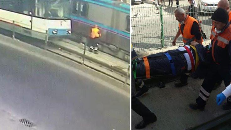 Ray temizleyen işçiye iki tramvay birden çarptı