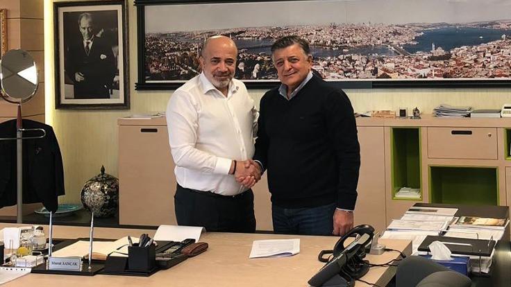 Adana Demirspor, Yılmaz Vural'la anlaştı