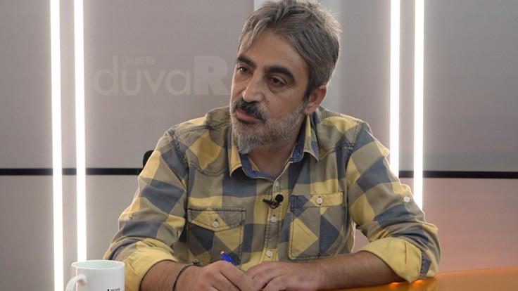 Kömürcü: Şiir bin basılıyor, yüz bin dinleniyor