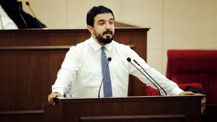 KKTC Meclisi'nde 'FETÖ' tartışması: Soruşturmalar engelleniyor algısı var