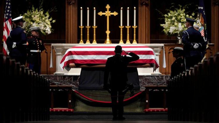 George H. W. Bush gömüldü