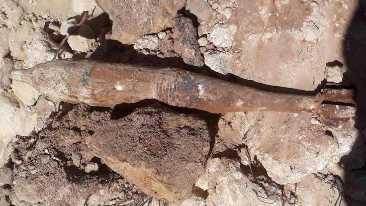 Kanalizasyon çalışmasında top mermisi bulundu