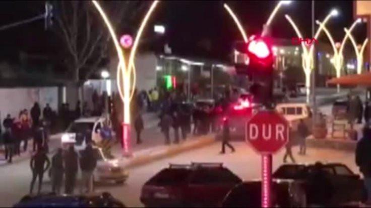 Eşme'de Suriyelilere linç girişimi